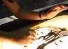Sand Animator yang kerap disapa dengan panggilan Vina ini memulai karir melukisnya sejak 5 tahun lalu. Ridho/detikcom