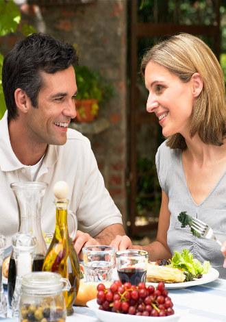 Makan Malam Romantis Juga Bisa Dilakukan di Rumah!