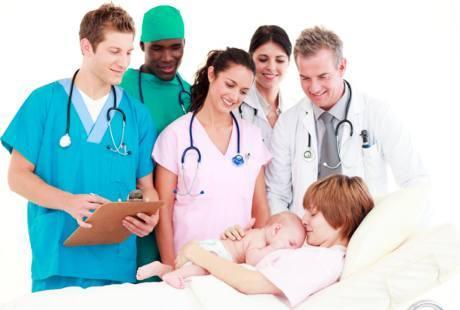 Bidan vs Dokter Kandungan, Mana yang Lebih Baik?