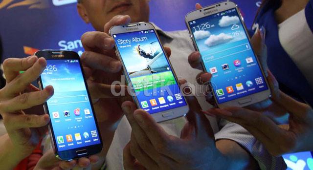 Pre order paket bundling XL dan Samsung Galaxy S4 dibuka sejak 18 April hingga 28 April 2013 lalu melalui online.