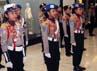Mereka tampak serius latihan baris berbaris di Mall Kota Casablanka Jakarta, Minggu (5/5). (Gus Mun)