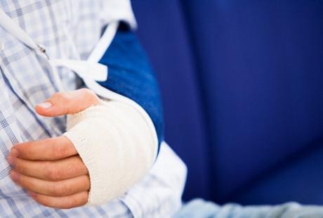 Nutrisi Tepat untuk Pemulihan Pasca Patah Tulang