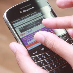 BlackBerry Kembali Down, Tifatul: Itu Urusan Operator