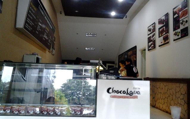 Menikmati Chocolava Plus Hot Chocolate di Kota Hujan