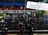 Kawasan Pasar Minggu yang biasanya ramai oleh PKL tampak bersih.
