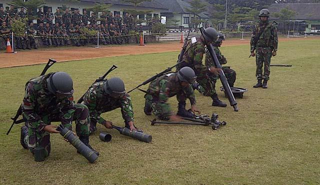 Latihan Gabungan TNI AD di Bandung