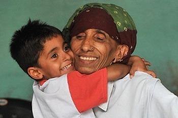 Rajo Devi Lohan, Ibu Tertua di Dunia yang Lahirkan Bayi Tabung