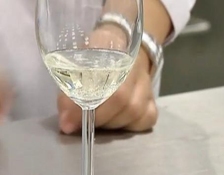 Mau Mencicip? Durian Wine, Wine Terbaru dari Singapura