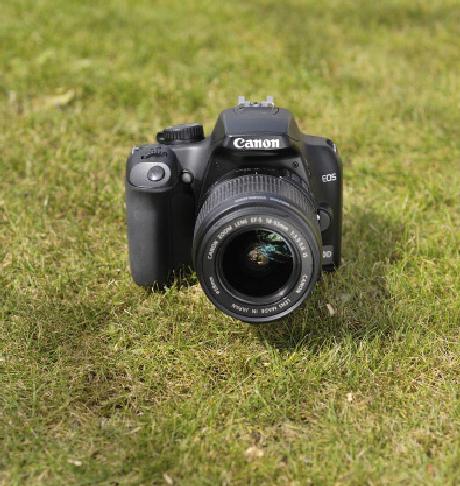 Memilih Lensa Fix untuk Canon EOS 500D