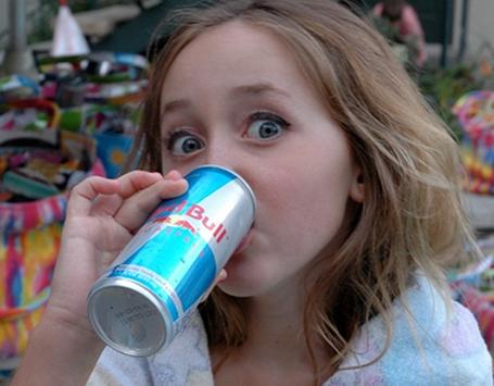Minuman Berenergi Tak Boleh Dikonsumsi Anak dan Remaja