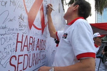 Semua Bisa Kena, Stop Kucilkan Pengidap HIV