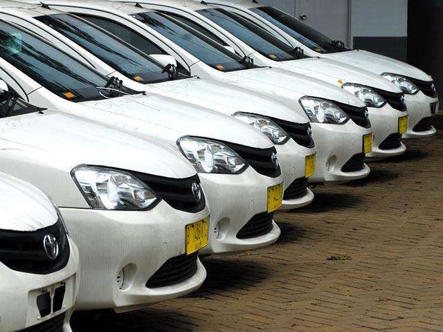 Toyota Etios Jadi Taksi Express