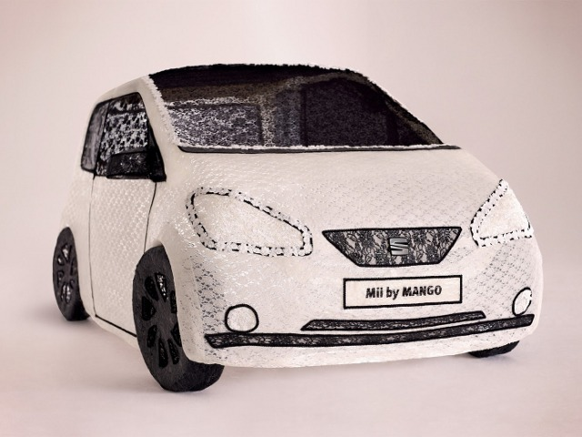 Mobil Terbuat dari Kain Renda