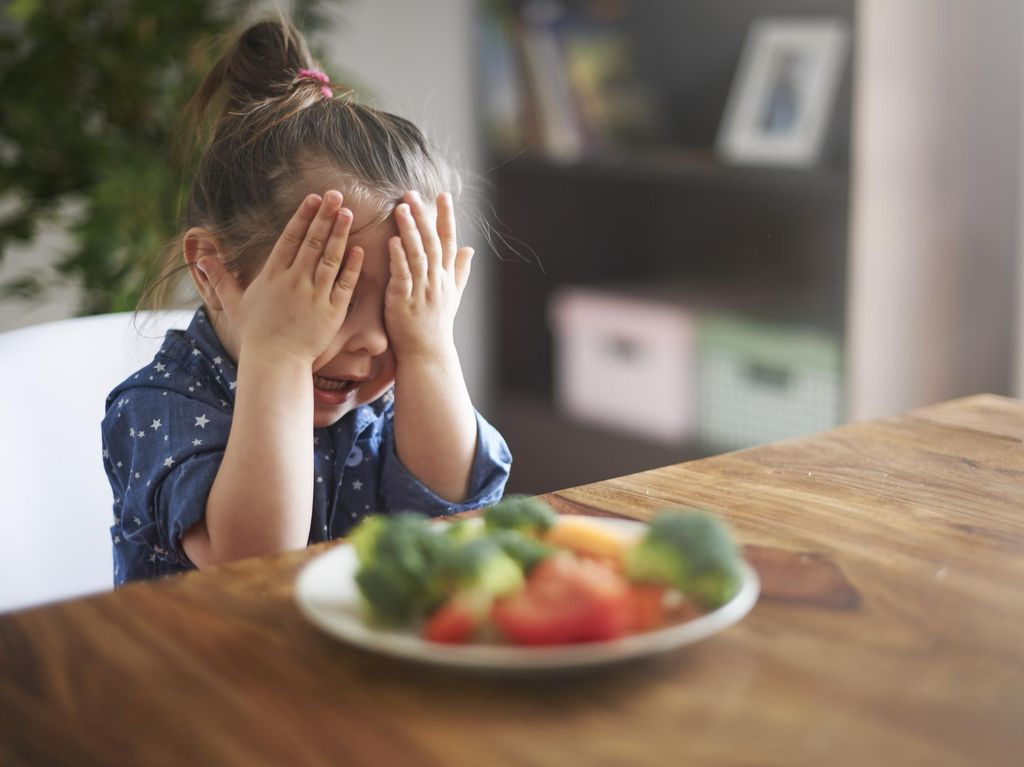 Begini Cara Latih Anak Agar Doyan Makan Sayur