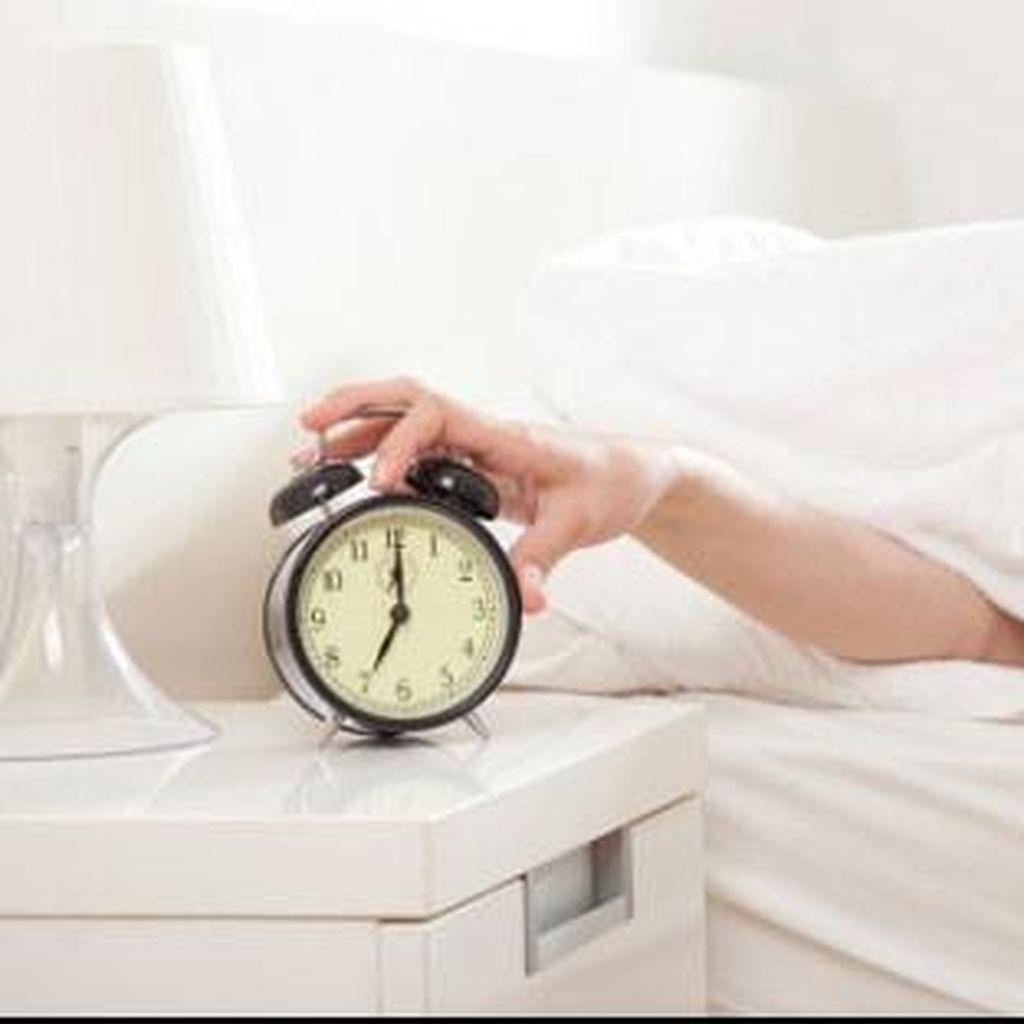 5 Kebiasaan di Malam Hari yang Bisa Picu Kenaikan Berat Badan