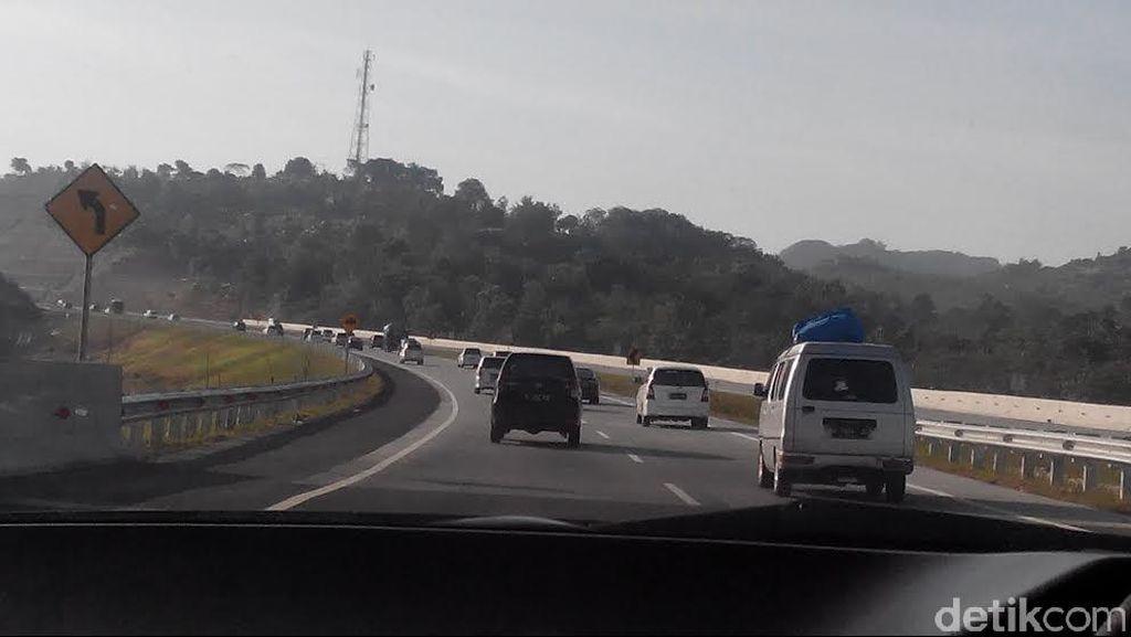 Bak 'Fast and Furious', Begini Aksi Polisi Kejar Perampas Truk di Cipali