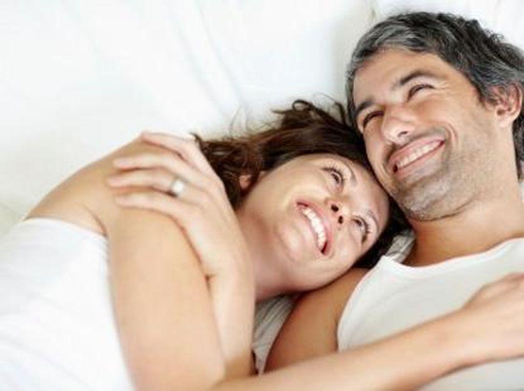 10 Tips Bangkitkan Kembali Gairah Bercinta di Usia Senja (1)