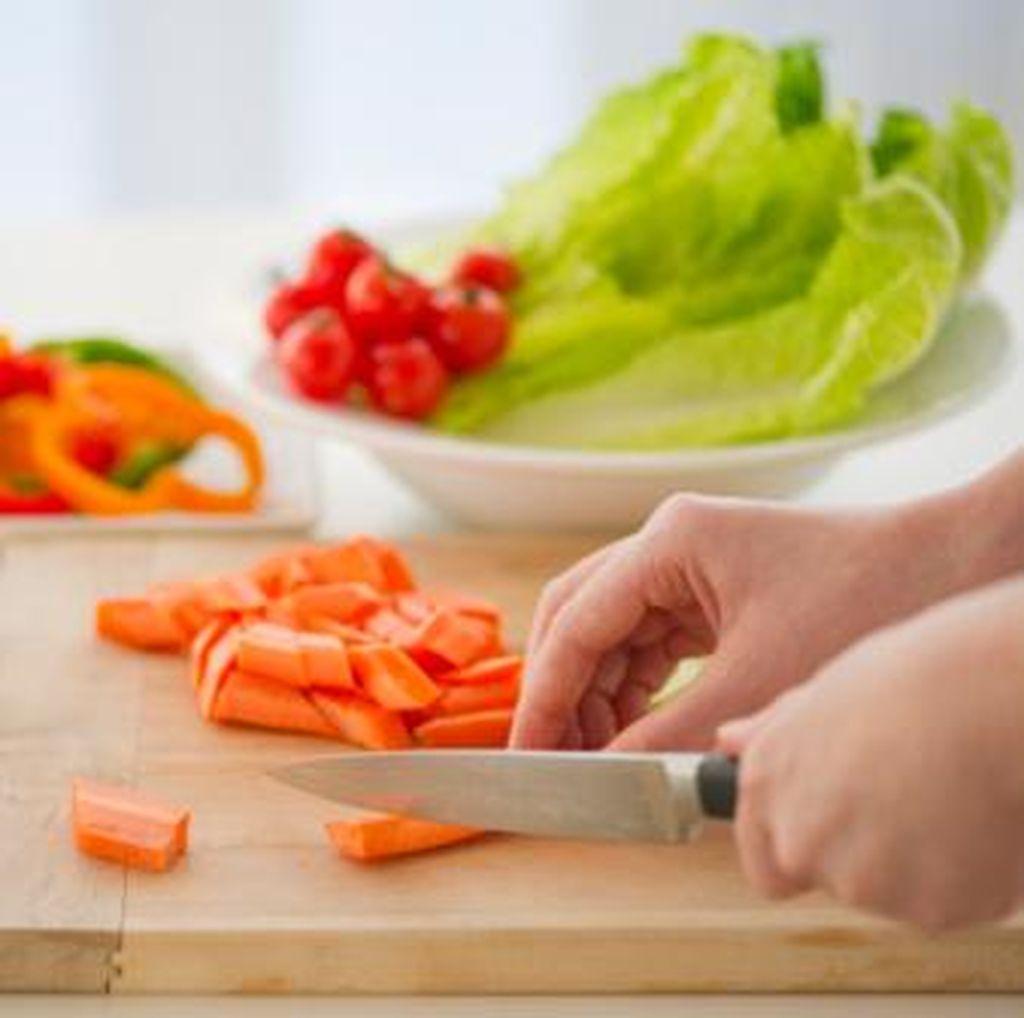 Begini Cara Tepat Mengolah Buah dan Sayur Agar Vitaminnya Tak Hilang