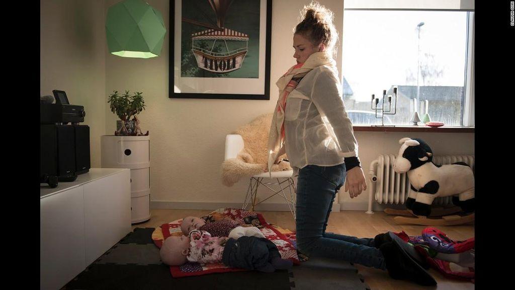 Melihat Keseharian Camilla, Ibu yang Mengalami Lemah Otot