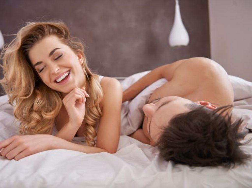 Pria Wajib Tahu! 4 Titik Erotis Rahasia Milik Wanita