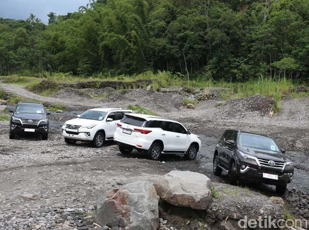 Toyota All New Fortuner Taklukkan Merapi