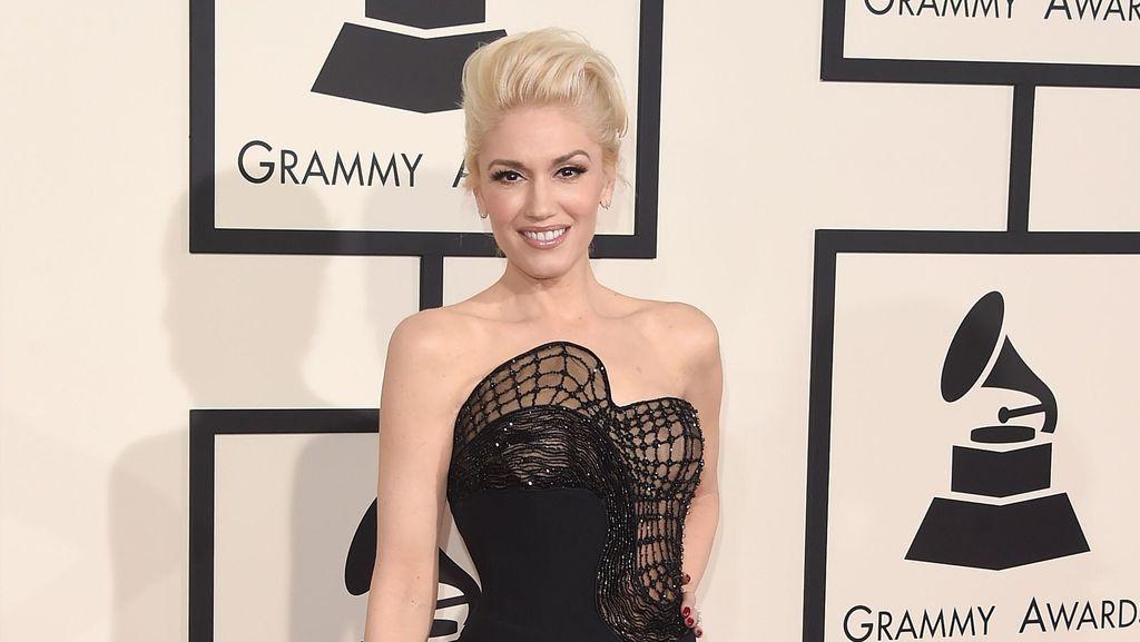 Bicara Soal Perceraian, Gwen Stefani Kembali Teteskan Air Mata