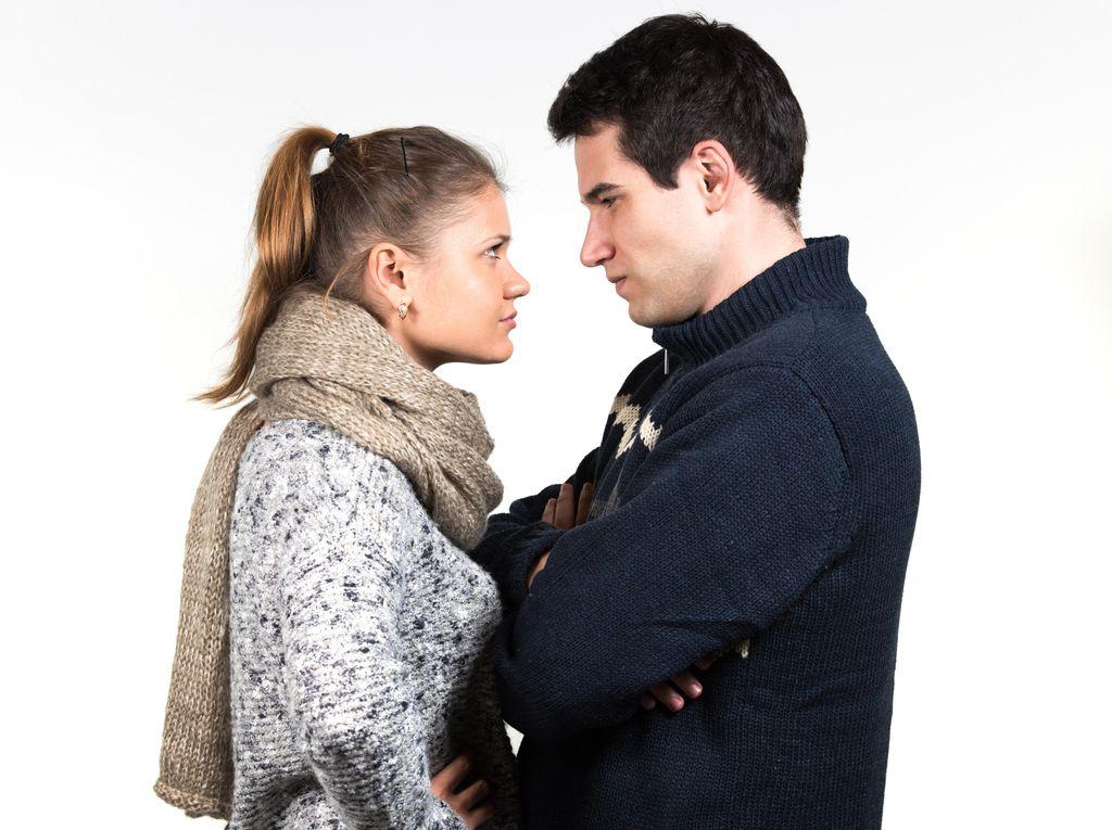 Suami Tersiksa karena Merasa Istri Selingkuh, Harus Bagaimana?
