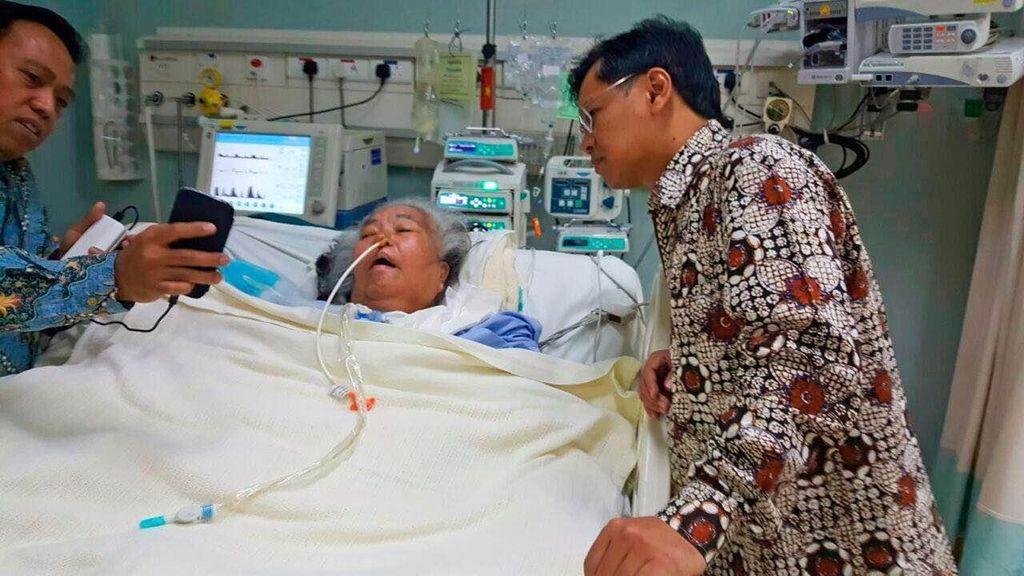 Raja Salman Pulangkan Warga Sumbar Korban Tragedi Mina dengan Ambulans Udara