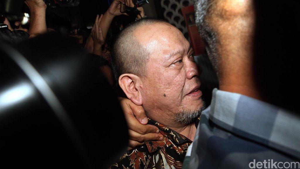 Saat Ditangkap Pihak Singapura, La Nyalla Sedang Sendiri