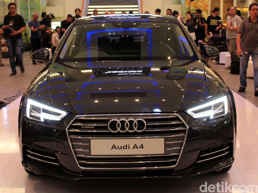 Sedan Mewah Audi A4 Meluncur
