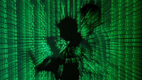 Hacker Serang Situs-situs Besar AS