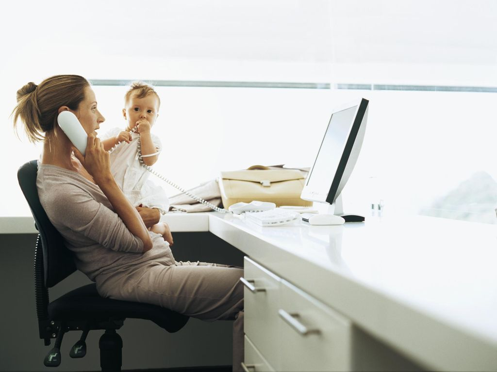 Agar Produktif dan Bisa Asuh Anak dengan Baik, Ini yang Diharap Ibu Bekerja