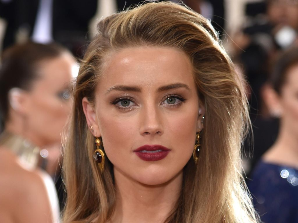 Pasca Cerai dari Johnny Depp, Amber Heard Khawatir akan Bangkrut