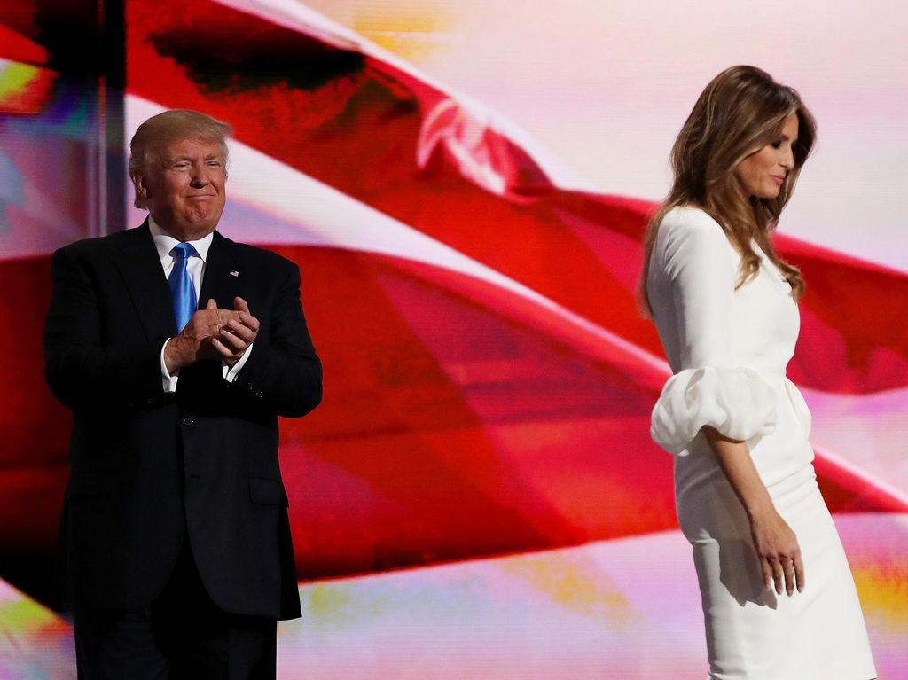 Curhat Melania Trump yang Melihat Banyak Wanita Menggoda Suaminya