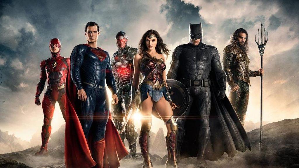Batman Mencari Para Superhero Lainnya di Trailer 'Justice League'
