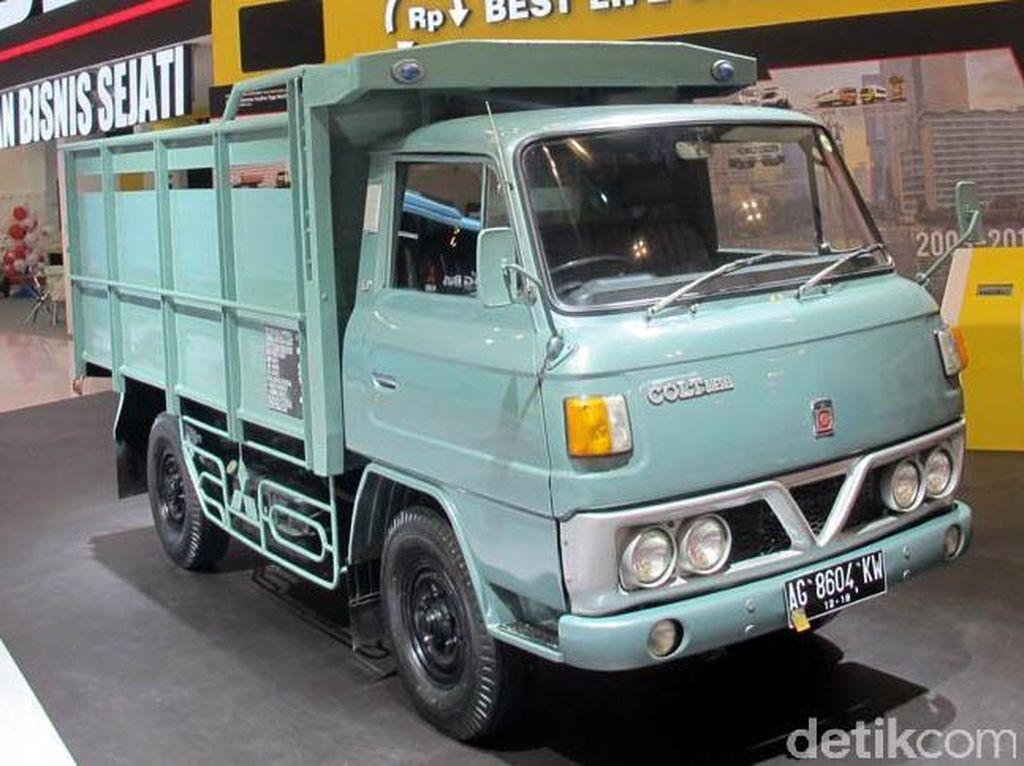Nostalgia Truk Colt Klasik Mitsubishi