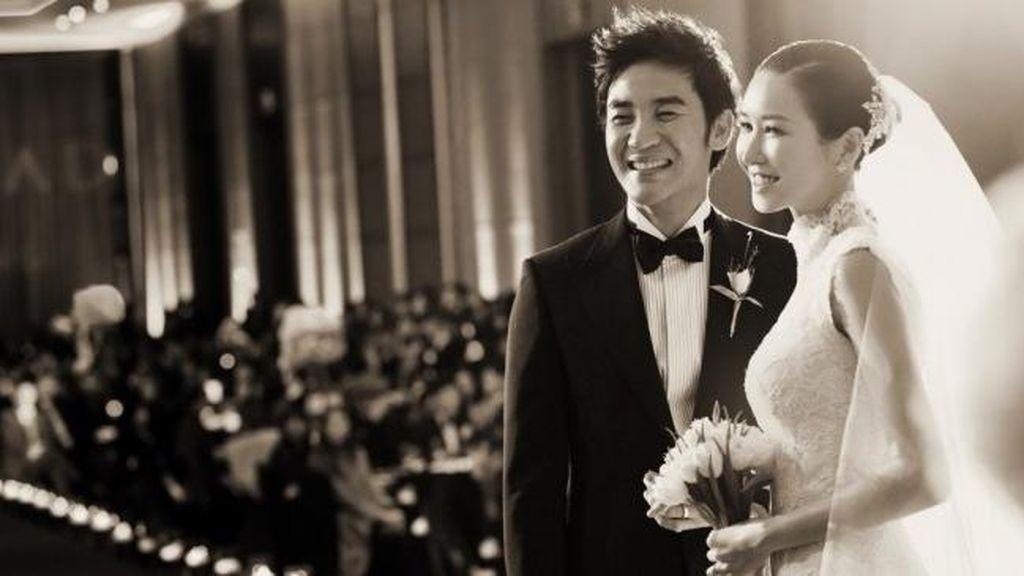 Istri Uhm Tae Woong Alami Keguguran Akibat Skandal Sang Suami