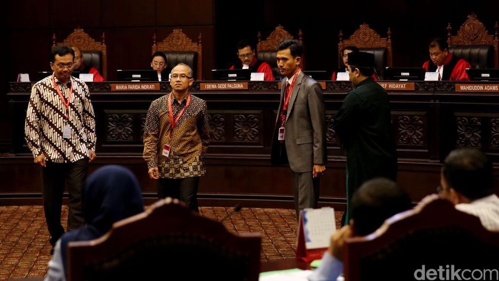 Guru Besar IPB Minta LGBT Dibui, Sidang MK Indonesia Jadi Perbincangan Dunia