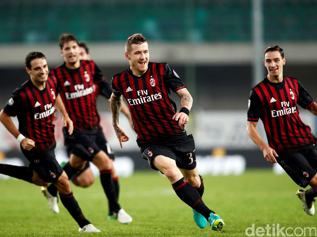 Milan Kalahkan Chievo