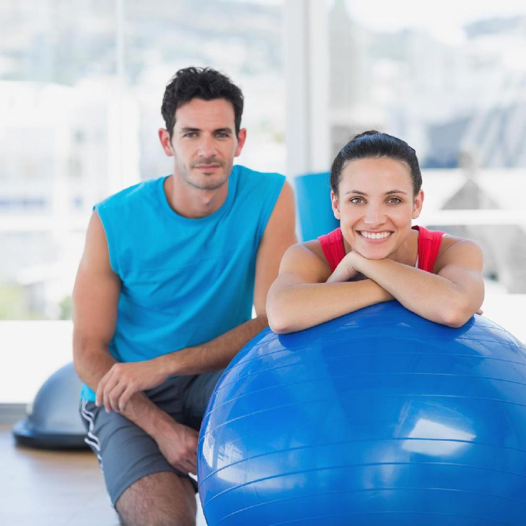 Manfaatkan Fitness Ball untuk Bercinta? Bisa, Coba Saja Posisi Ini