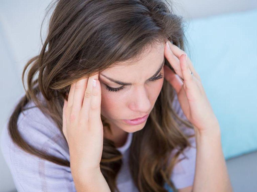 Kalau Sering Migrain, Jangan Sering-sering Makan Bayam dan Daging Olahan