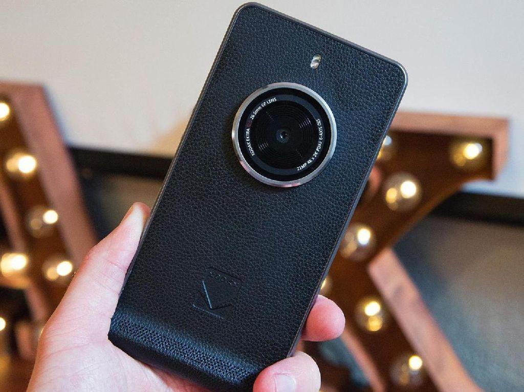Ponsel Kamera Bergaya Klasik Kodak Ektra
