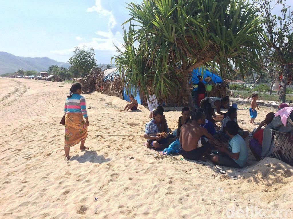 Unik Banget! Tradisi Piknik Suku Sasak di Lombok