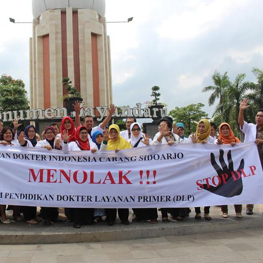IDI Jawa Timur Juga Gelar Aksi Menolak Program Dokter Layanan Primer