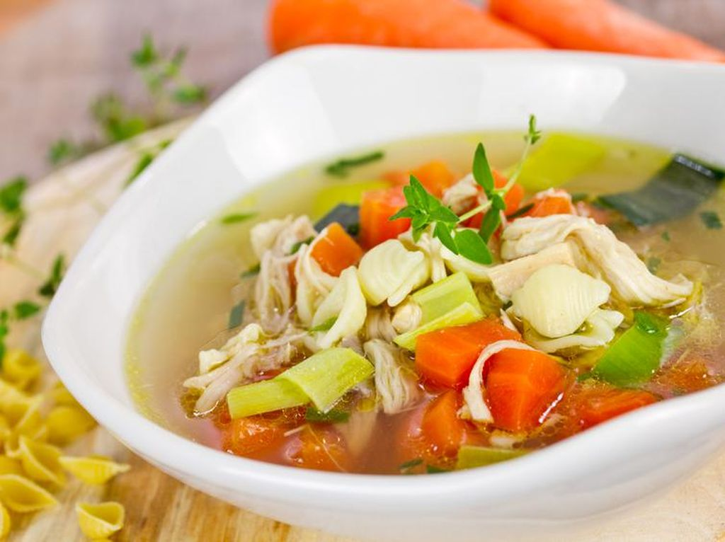 Sedang Flu? Buat Saja Sup Kimlo dan Sup Ayam Kampung Agar Tubuh Cepat Bugar