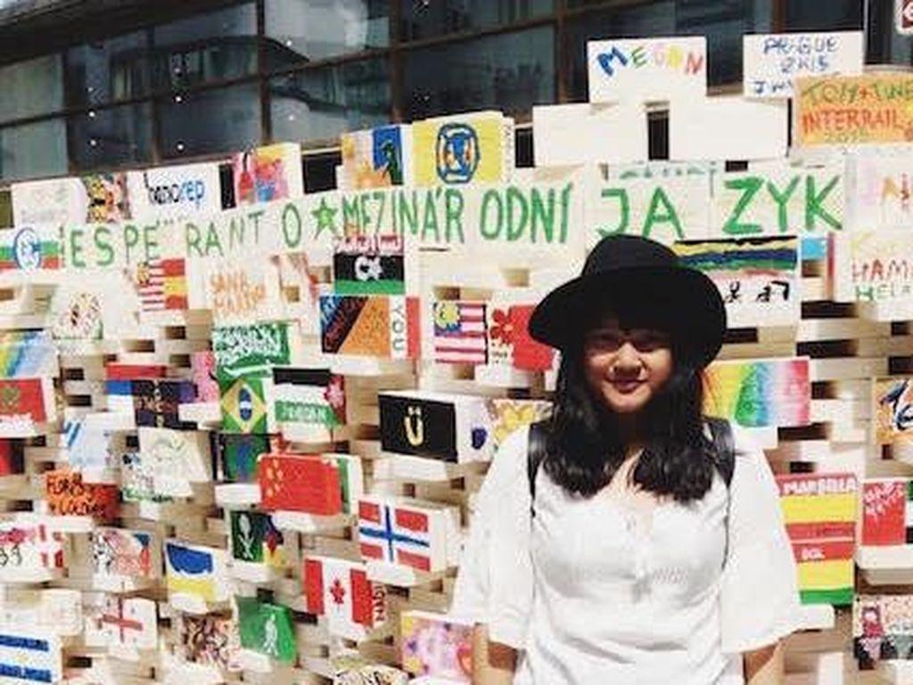Bisa Traveling ke Polandia, Gadis Ini Wakili Indonesia di Organisasi Pemuda Dunia