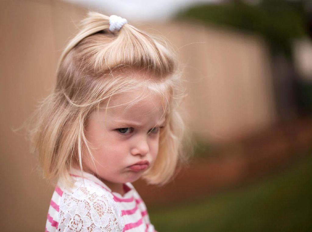 Ciri-ciri Anak Sedang Mengalami Stres (2)