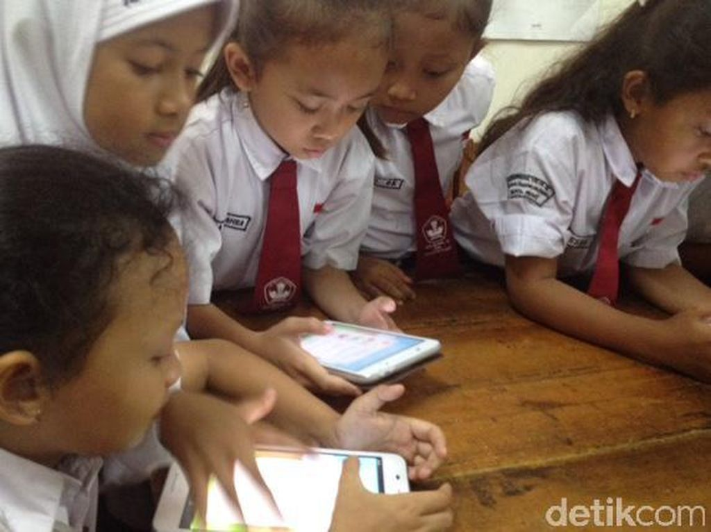 Asal Digunakan dengan Tepat, Gadget Bisa Jadi Sarana Belajar Anak