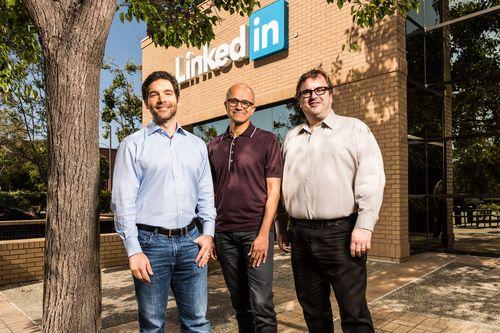 Microsoft Tuntaskan Akuisisi LinkedIn Rp 350 Triliun