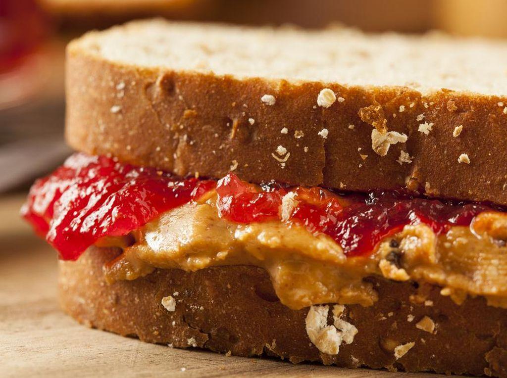 Lapar di Sore Hari? Ngemil Saja 5 Makanan Enak dan Sehat Ini